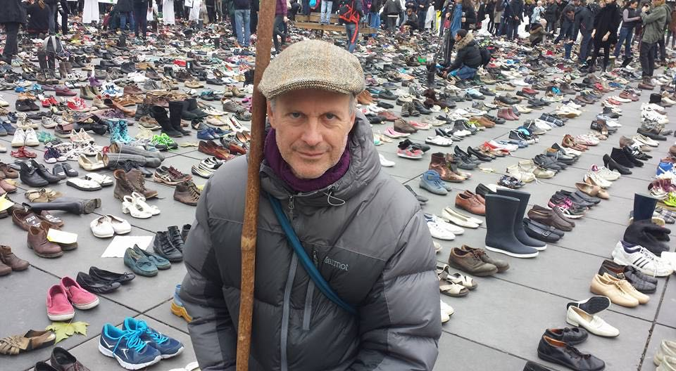 Display of 10,000 shoes at site of cancelled climate march before Paris Summit